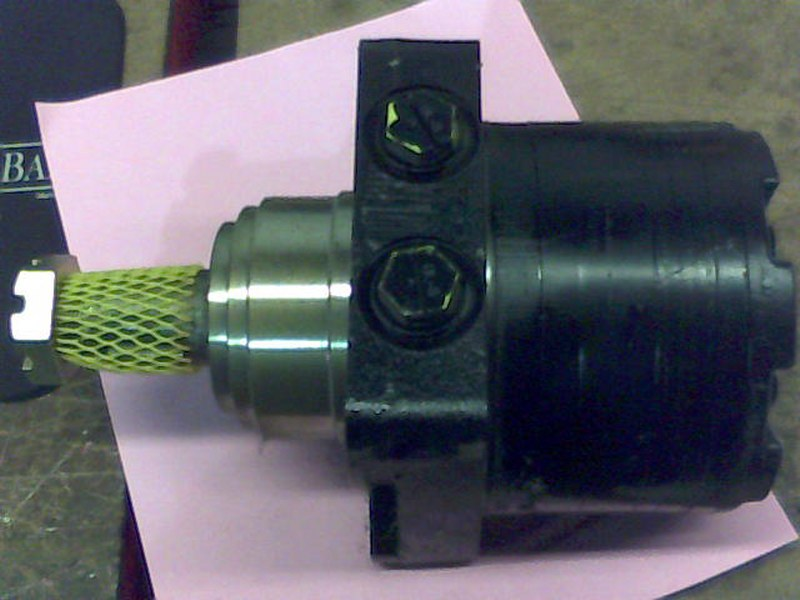 Bad Boy Mower OEM  015-5303-00 Left Wheel Motor - 18cc - Park