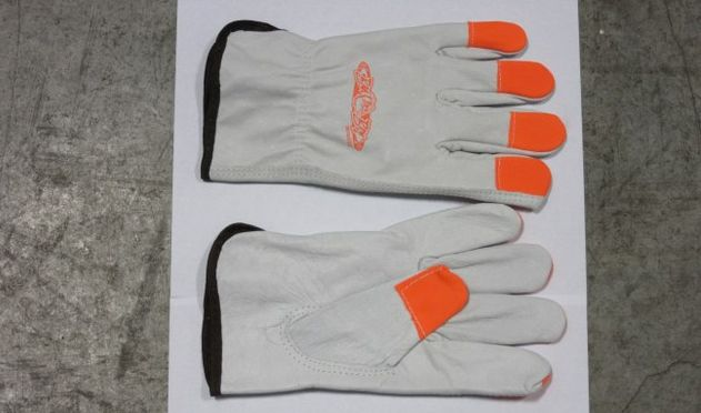 Bad Boy Mower OEM  088-1600-00 Bad Boy Gloves